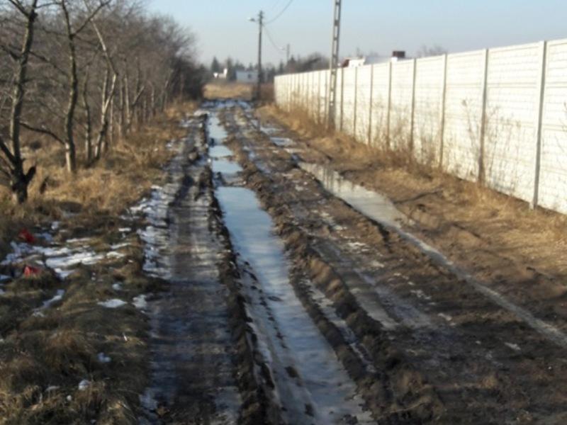 zniszczona-ulica-podjaryszki,pic1,1002,102947,160592,show2