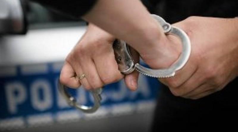 kajdanki kajdany policja